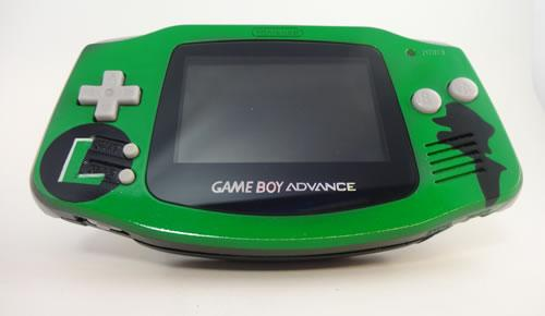 custom-luigi-gameboy-advance-from-8bit-evolution